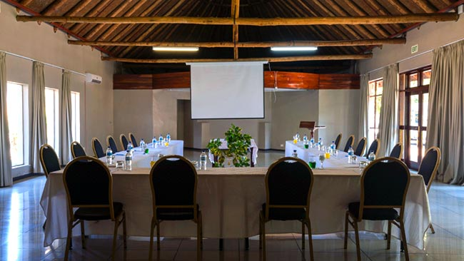 conferences-at-the-azambezi-river-lodge.jpg (48 KB)